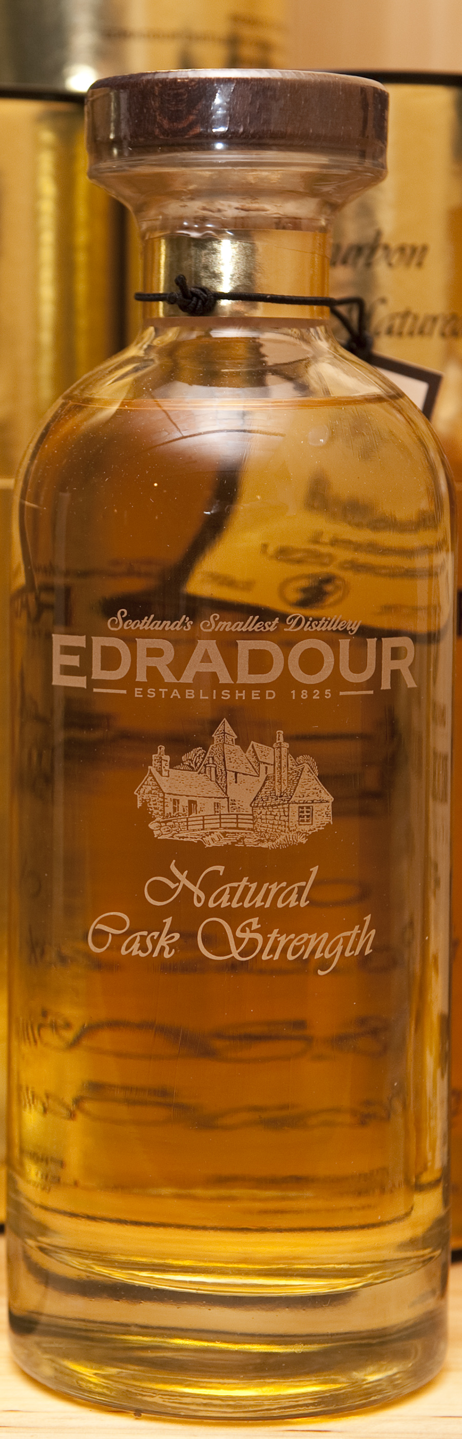 Billede: edradour - natural cask strength - bottle.jpg