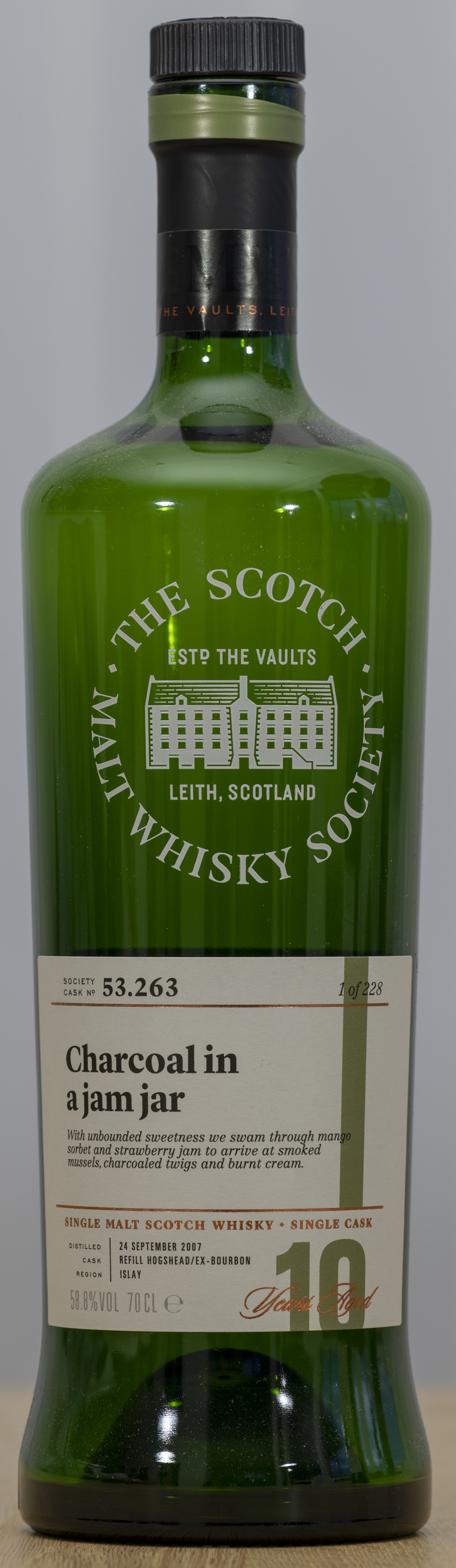 Billede: PHC_1533 SMWS 53.263 Charcoal in a jam jar - bottle front.jpg