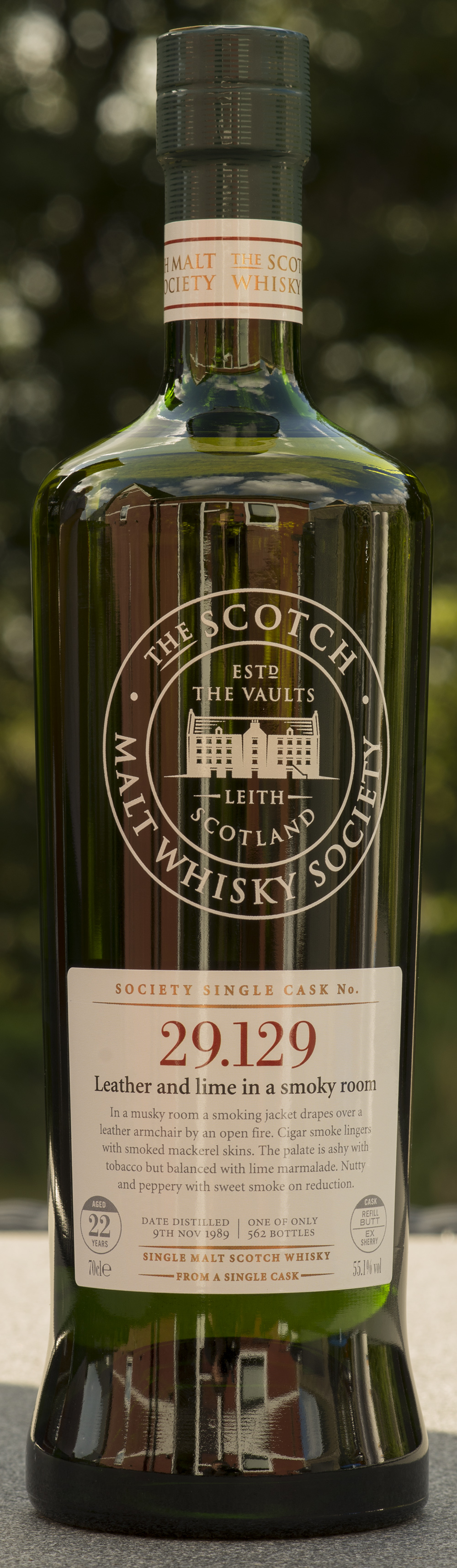 Billede: DSC_3341 SMWS 29.129 - Leather and lime in a smoky room - bottle front.jpg